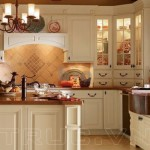 Tủ bếp chữ G phong cách Châu Âu cho nhà bếp Á Đông thêm sang trọng và ấm áp