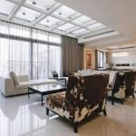Phòng khách đẹp lung linh nhờ cửa sổ trần