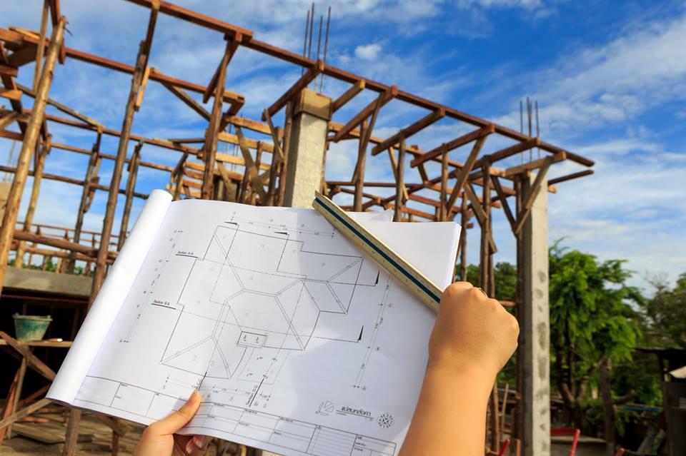 khởi công xây dựng nhà khi chưa nhận được giấy phép.